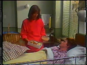 Maria Ramsay, Danny Ramsay in Neighbours Episode 0012