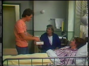 Paul Robinson, Danny Ramsay, Shane Ramsay in Neighbours Episode 0012