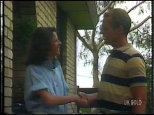 Anna Rossi, Jim Robinson in Neighbours Episode 0012