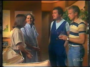 Maria Ramsay, Anna Rossi, Max Ramsay, Jim Robinson in Neighbours Episode 0012