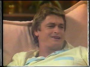 Shane Ramsay in Neighbours Episode 0013