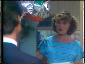 Peter Kirk, Julie Robinson in Neighbours Episode 0013