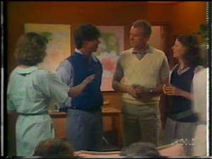Julie Robinson, Peter Kirk, Jim Robinson, Anna Rossi in Neighbours Episode 0013