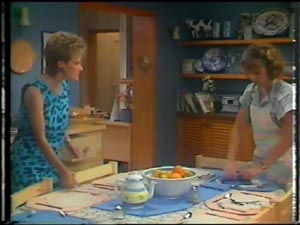 Daphne Clarke, Julie Robinson in Neighbours Episode 0014