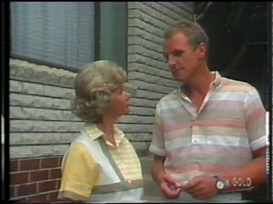Helen Daniels, Jim Robinson in Neighbours Episode 0014
