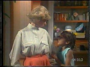 Helen Daniels, Lucy Robinson in Neighbours Episode 0015