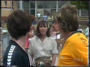 Danny Ramsay, Maria Ramsay, Shane Ramsay in Neighbours Episode 0016