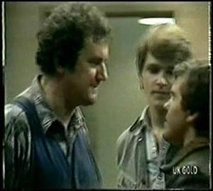 Max Ramsay, Scott Robinson, Pete Sherwin in Neighbours Episode 0065