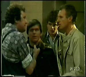 Max Ramsay, Pete Sherwin, Scott Robinson, Jim Robinson in Neighbours Episode 0065