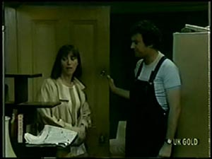 Maria Ramsay, Max Ramsay in Neighbours Episode 0066