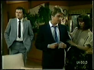 Max Ramsay, Shane Ramsay, Maria Ramsay in Neighbours Episode 0068