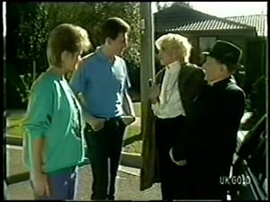 Daphne Clarke, Des Clarke, Margaret Haywood, Harry Henderson in Neighbours Episode 0068