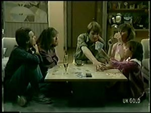 Paul Robinson, Gloria Slater, Scott Robinson, Julie Robinson, Lucy Robinson in Neighbours Episode 0068