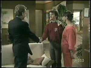 Richard Morrison, Danny Ramsay, Maria Ramsay in Neighbours Episode 0097