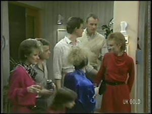 Daphne Clarke, Paul Robinson, Lucy Robinson, Des Clarke, Terry Inglis, Jim Robinson, Joan Langdon in Neighbours Episode 0097