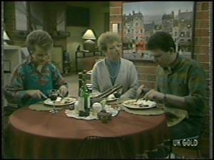 Eileen Clarke, Daphne Clarke, Des Clarke in Neighbours Episode 0098