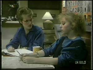 Daphne Clarke, Terry Inglis in Neighbours Episode 0099