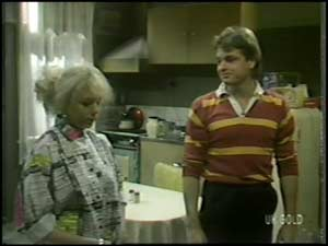 Terry Inglis, Shane Ramsay in Neighbours Episode 0100