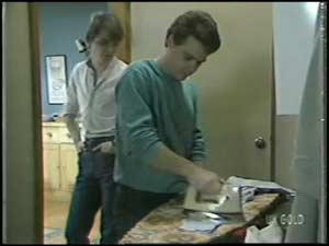 Scott Robinson, Paul Robinson in Neighbours Episode 0100