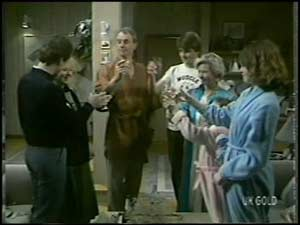 Paul Robinson, Terry Inglis, Jim Robinson, Scott Robinson, Helen Daniels, Julie Robinson in Neighbours Episode 0101