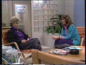 Helen Daniels, Susan Cole in Neighbours Episode 0409