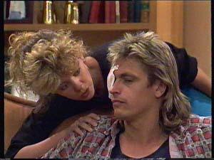 Charlene Mitchell, Shane Ramsay in Neighbours Episode 0409