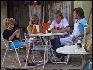 Charlene Mitchell, Jane Harris, Scott Robinson, Mike Young in Neighbours Episode 0410