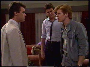 Clive Gibbons, Des Clarke, Paul Robinson in Neighbours Episode 0411