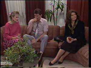 Daphne Clarke, Des Clarke, Matron Mercer in Neighbours Episode 0413