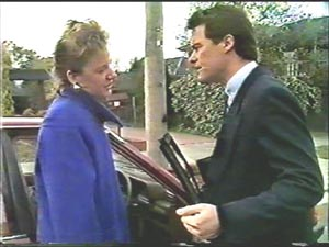 Paul Robinson, Gail Robinson in Neighbours Episode 0578