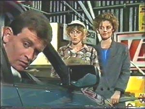 Des Clarke, Charlene Mitchell, Gail Robinson in Neighbours Episode 0579
