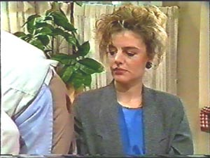 Gail Robinson in Neighbours Episode 0579