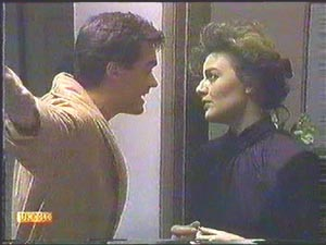 Gail Robinson, Paul Robinson in Neighbours Episode 0584