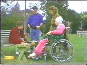 Rick Hansen, Paul Robinson, Gail Robinson, Lucy Robinson in Neighbours Episode 0584