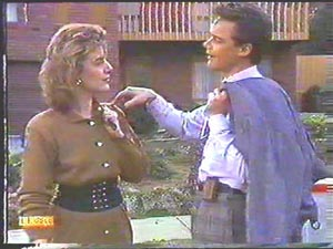 Gail Robinson, Paul Robinson in Neighbours Episode 0586