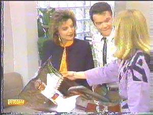 Paul Robinson, Gail Robinson, Jane Harris in Neighbours Episode 0586