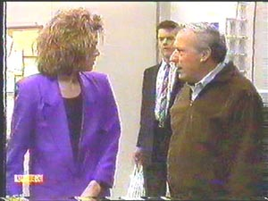 Gail Robinson, Paul Robinson, Rob Lewis in Neighbours Episode 0588