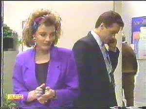 Paul Robinson, Gail Robinson in Neighbours Episode 0588