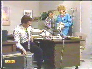 Paul Robinson, Gail Robinson, Madge Bishop in Neighbours Episode 0588
