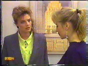 Gail Robinson, Jane Harris in Neighbours Episode 0592