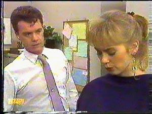Paul Robinson, Jane Harris in Neighbours Episode 0592