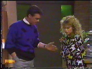 Paul Robinson, Charlene Mitchell in Neighbours Episode 0592