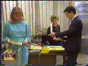 Jane Harris, Gail Robinson, Paul Robinson in Neighbours Episode 0592