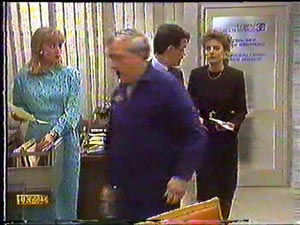 Jane Harris, Rob Lewis, Paul Robinson, Gail Robinson in Neighbours Episode 0592