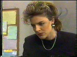 Gail Robinson in Neighbours Episode 0593