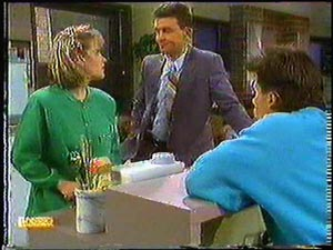 Daphne Clarke, Des Clarke, Mike Young in Neighbours Episode 0594