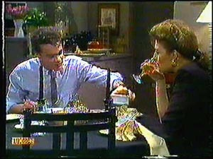 Paul Robinson, Gail Robinson in Neighbours Episode 0594