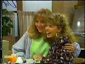 Jane Harris, Charlene Mitchell in Neighbours Episode 0594