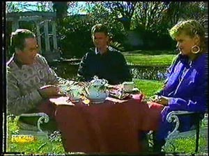 Allen Lawrence, Des Clarke, Daphne Clarke in Neighbours Episode 0594