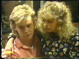 Scott Robinson, Charlene Mitchell in Neighbours Episode 0596
